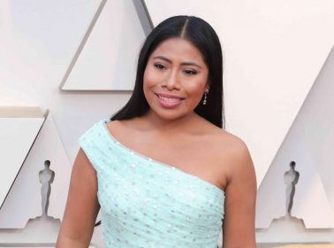 This Festivalgoer Won Coachella With His Amazing Yalitza Aparicio Sign