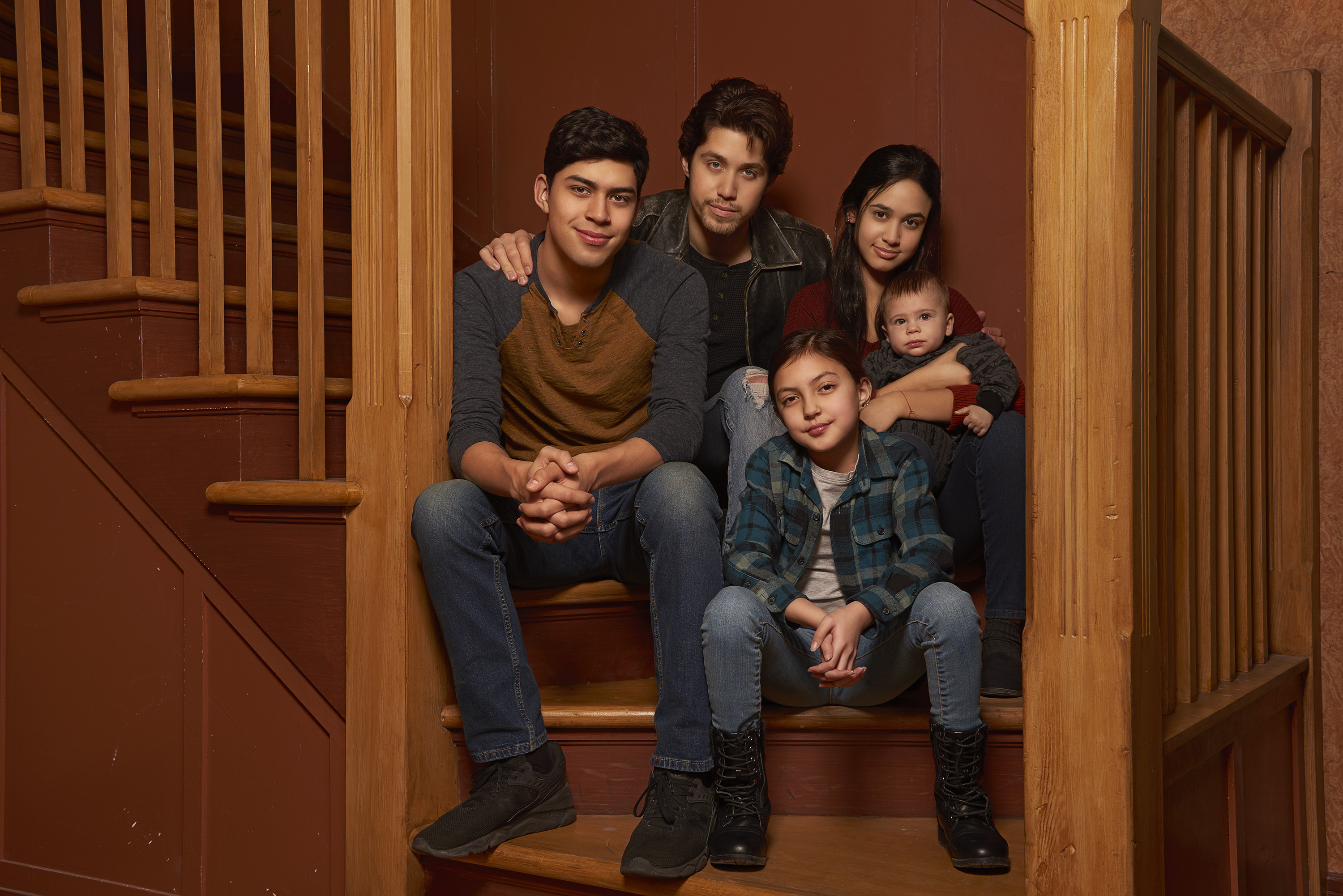 Watch the Emotional First Trailer for Freeform's 'Party of Five' Reboot Featuring a Latino Cast
