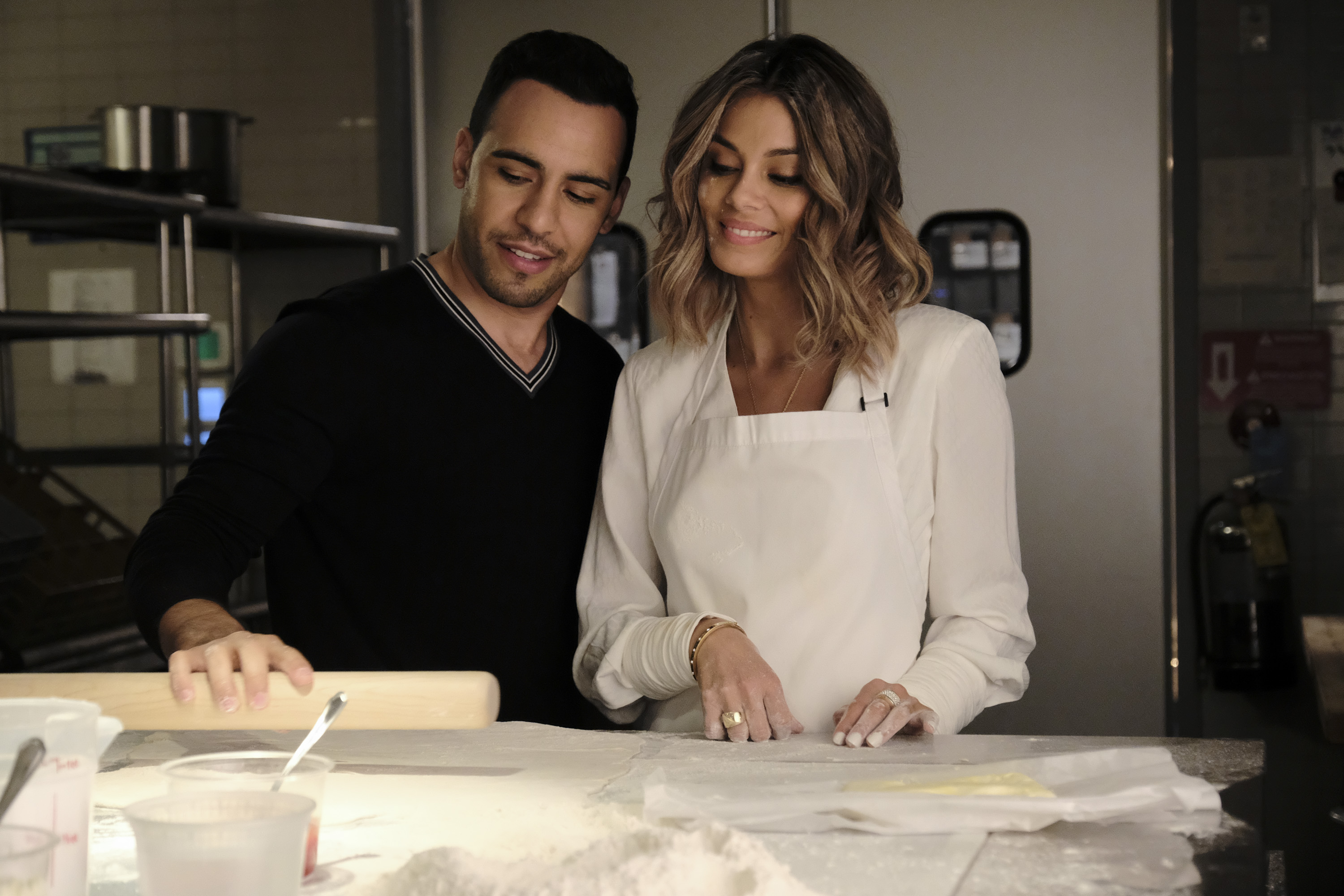 TRAILER: In ABC's'The Baker and the Beauty,'Victor Rasuk Is a Regular Guy Who Dates a Celebrity