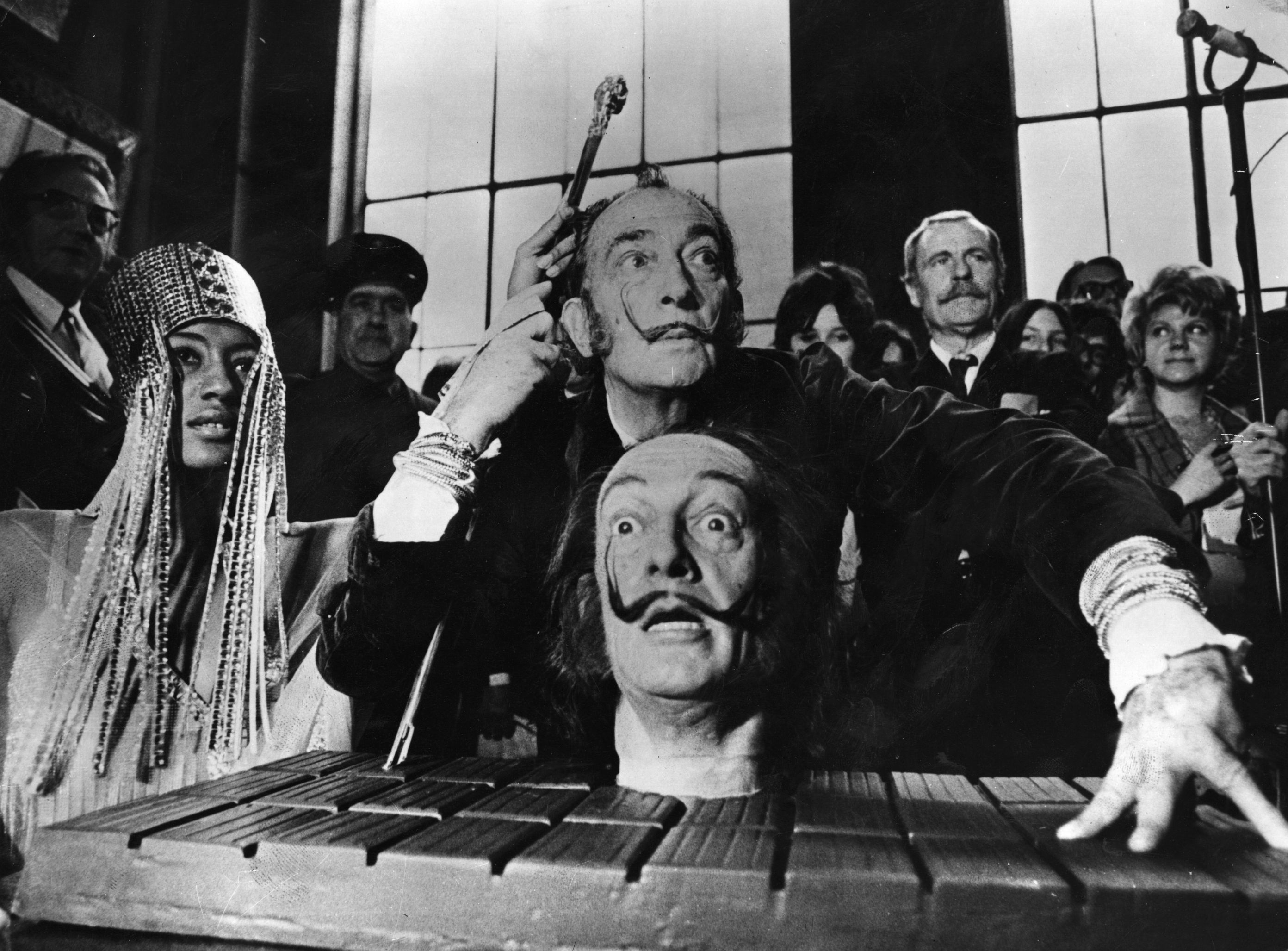 You Can Talk & Take Selfies With an Artificial Intelligence Version of Salvador Dalí at This Museum