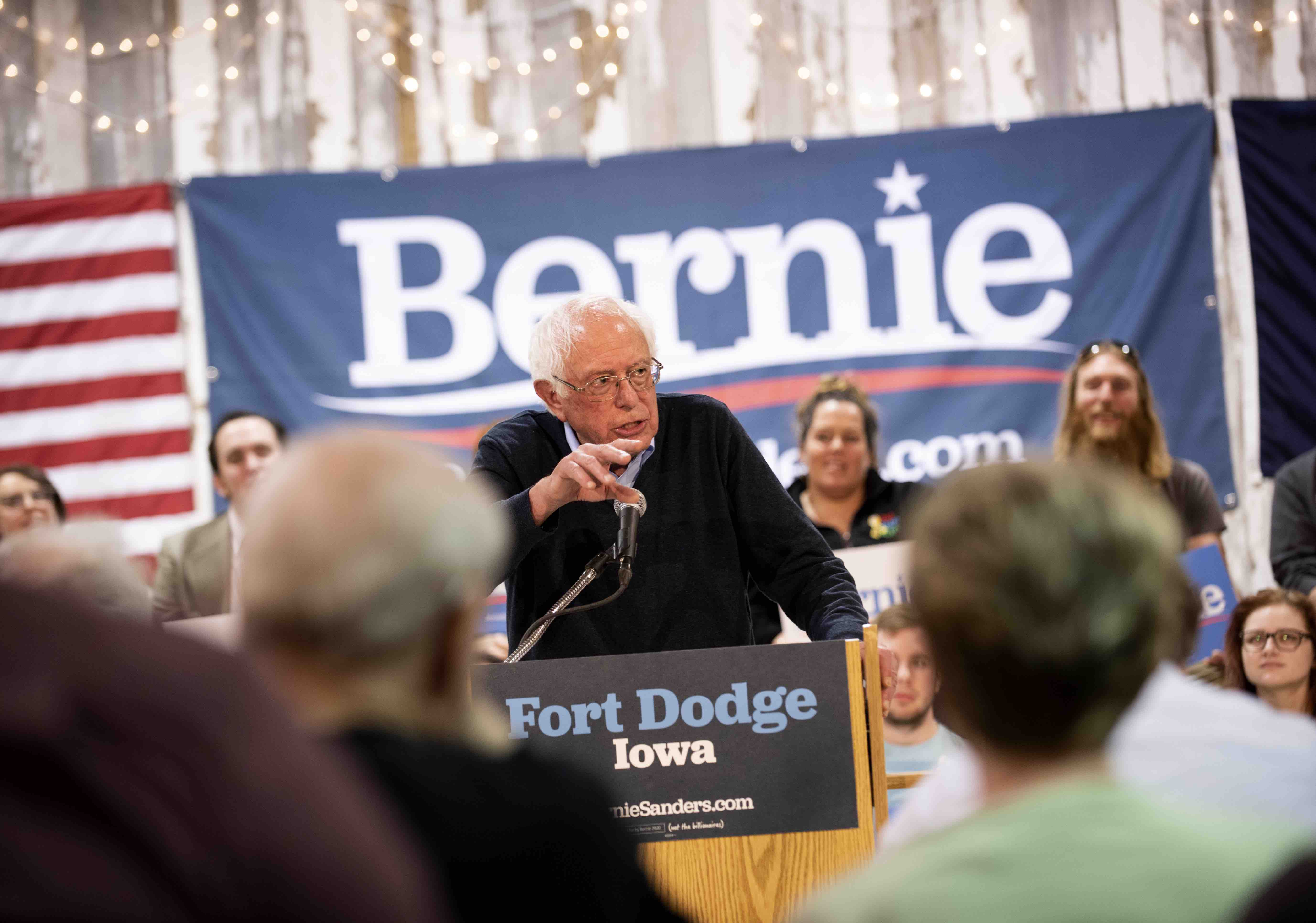 Here's How Bernie Sanders' Agricultural Plan Will Impact Latino Farmworkers