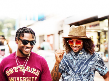 Los Rakas' New Album 'Manes del Negocio' is a Socially Conscious Trap Soiree