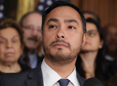 Joaquín Castro Snuck a Camera Into a Detention Center & Captured Immigrants' Heartbreaking Realities