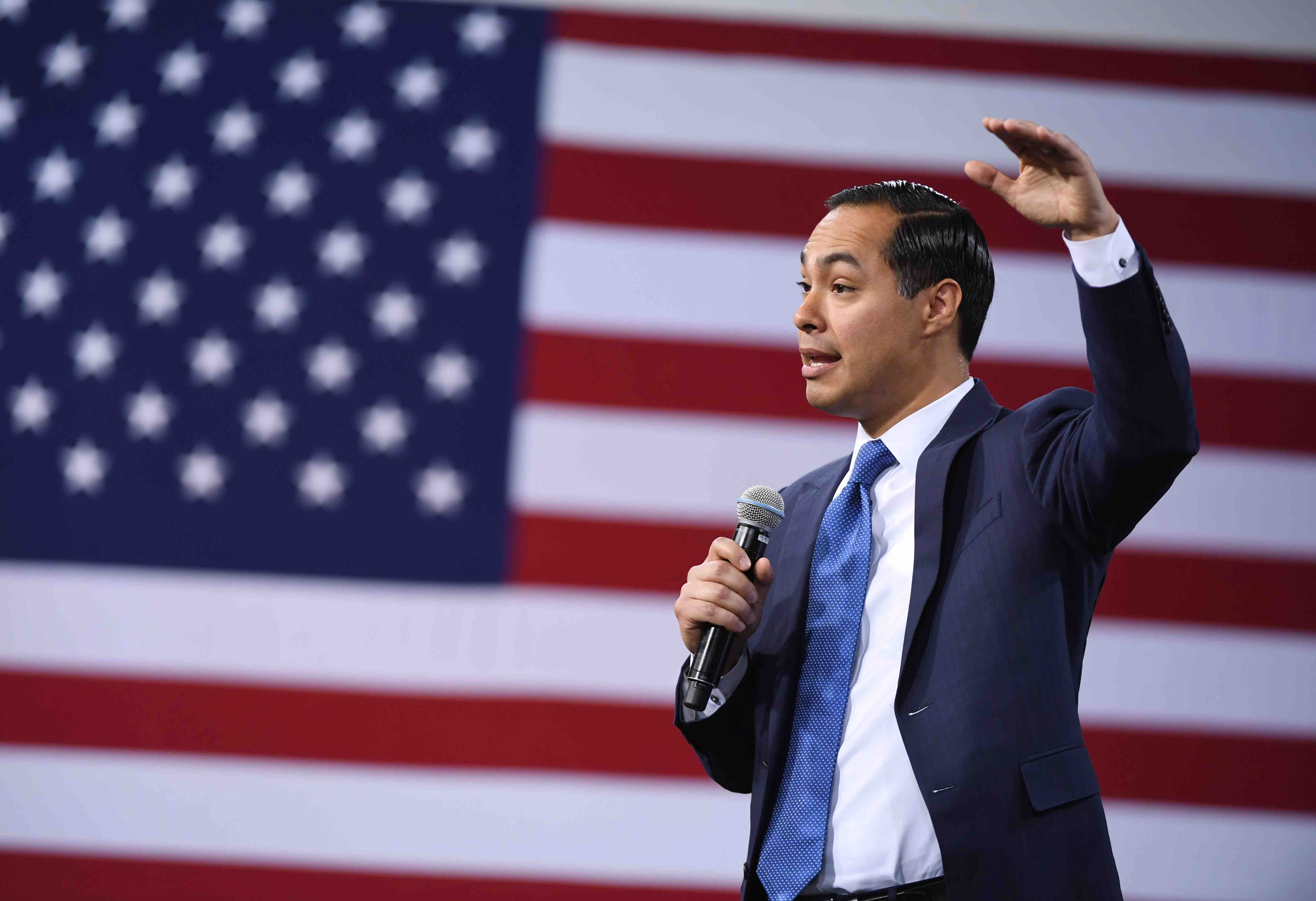Democratic Presidential Candidate Julián Castro Didn't Qualify for the Critical November Debate