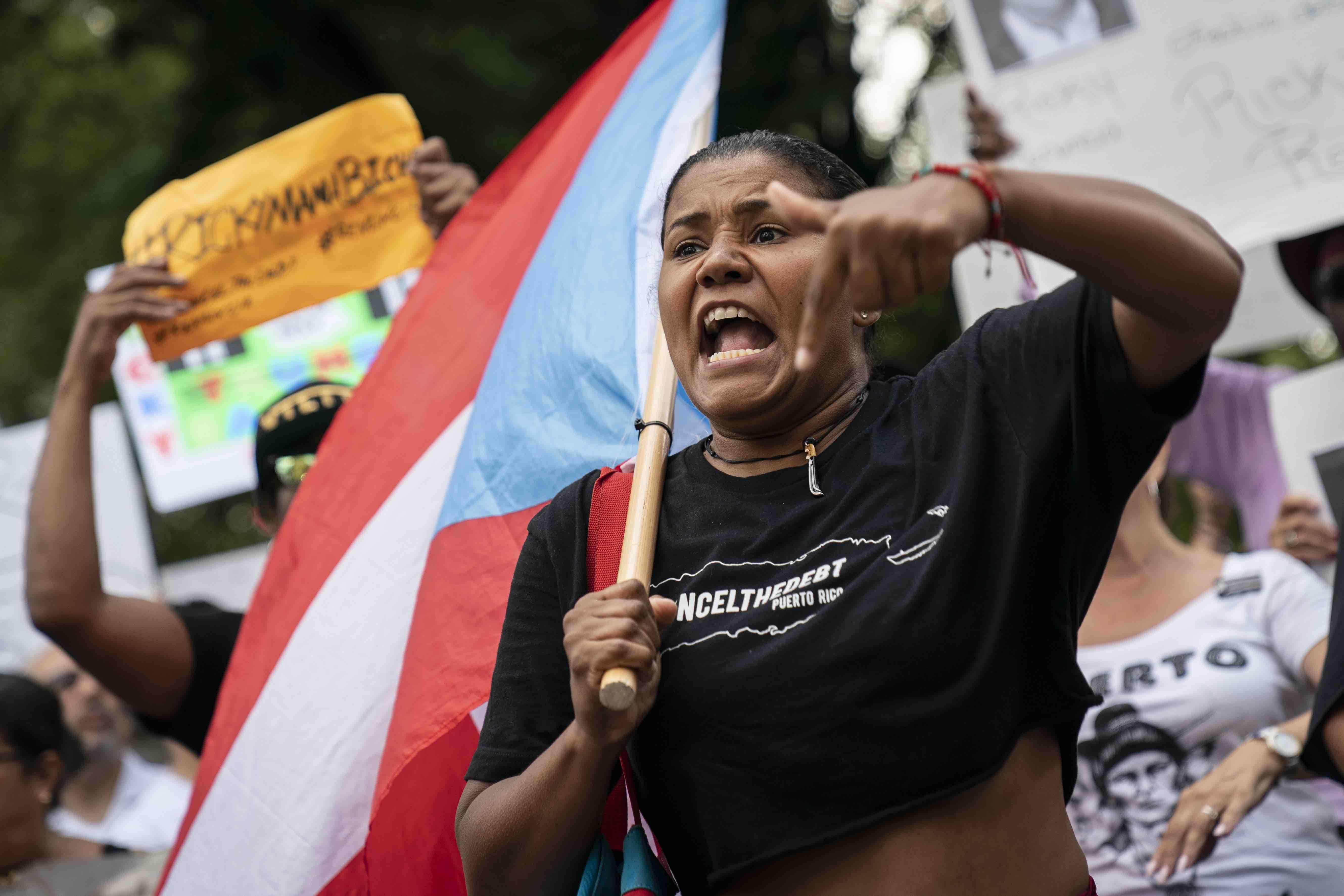 Boricuas Celebrate News That Governor Ricardo Rosselló Has Resigned