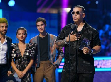 Daddy Yankee Delivered a Powerful #RickyRenuncia Message at Premios Juventud