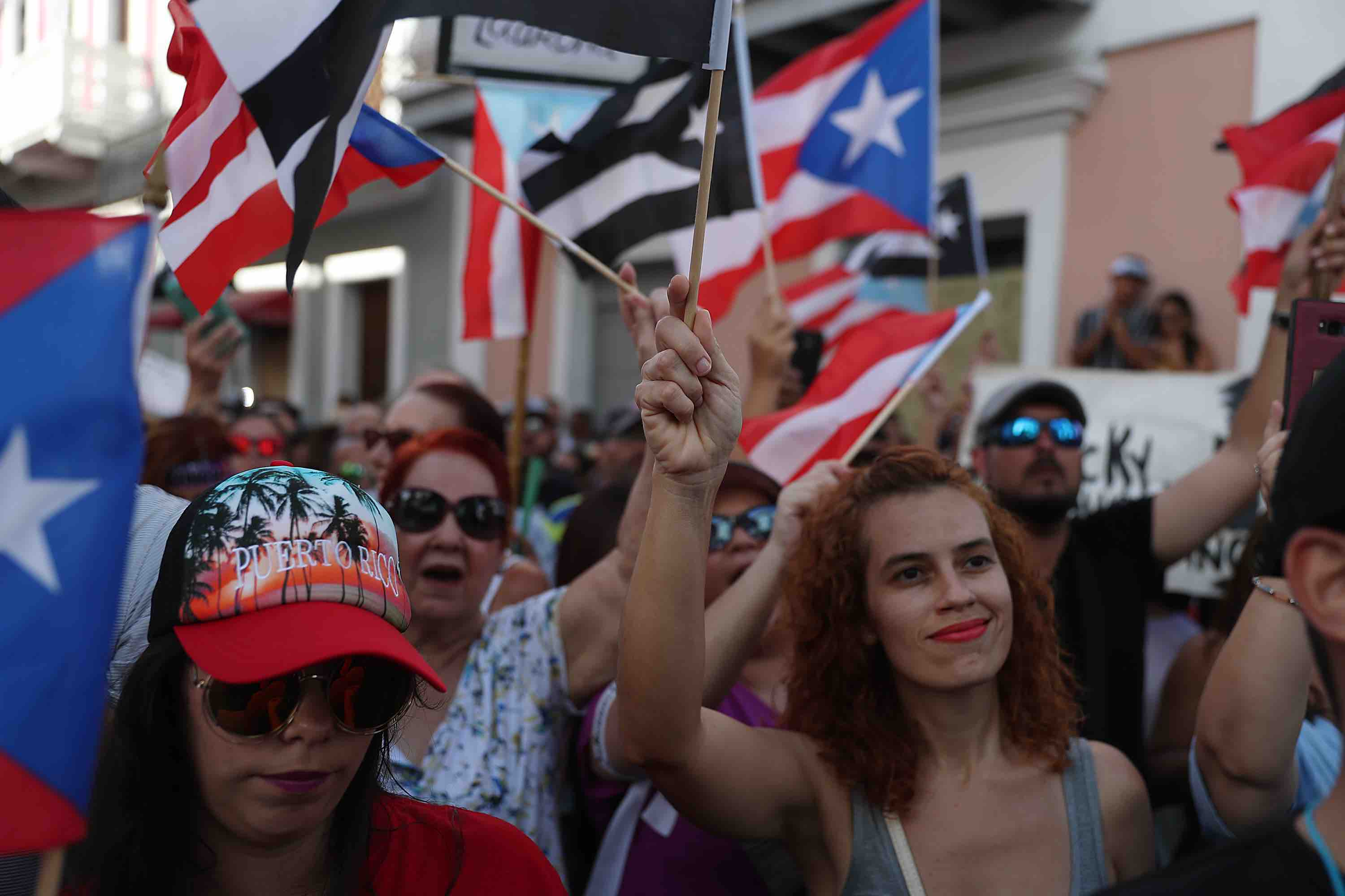 #ParoNacional: These Videos & Photos of Puerto Rico Today Show How Fed Up Boricuas Are With Rosselló