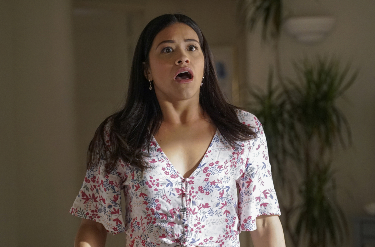 'Jane the Virgin' Recap: Sin Rostro Reveals Evil Plan to Lure Luisa Back