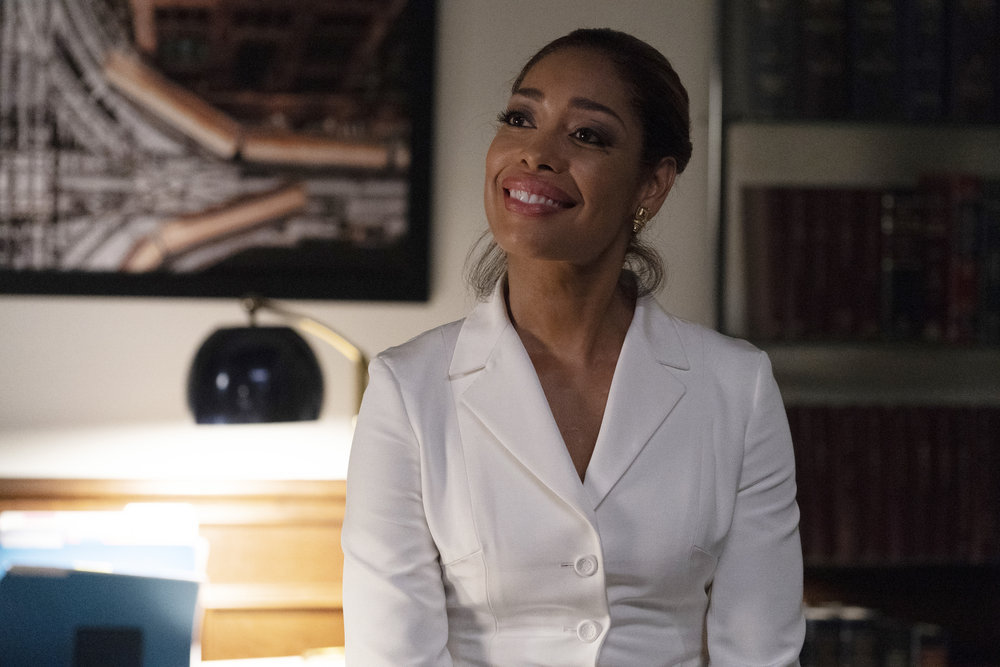 REVIEW: In 'Pearson,' We See a More Human Side to 'Suits' Jessica Pearson
