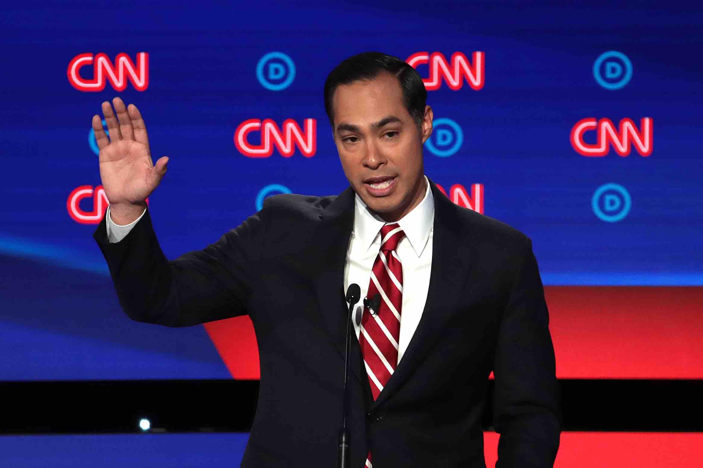 'SNL' Leaving Out Julián Castro From Democratic Debate Sketch Raises Cast Diversity Questions