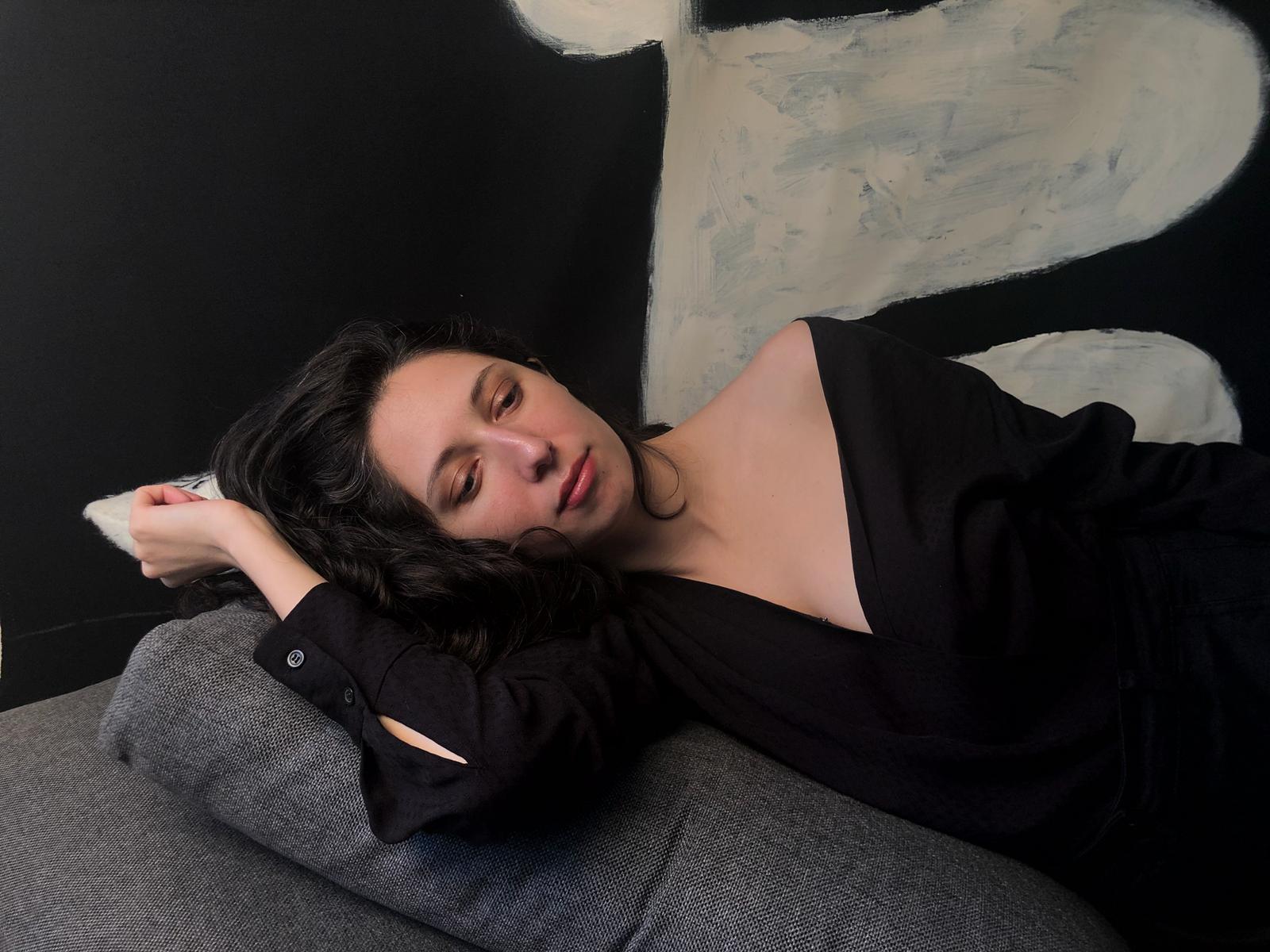 María Usbeck Dissects Growing Older On Sophomore Album Envejeciendo