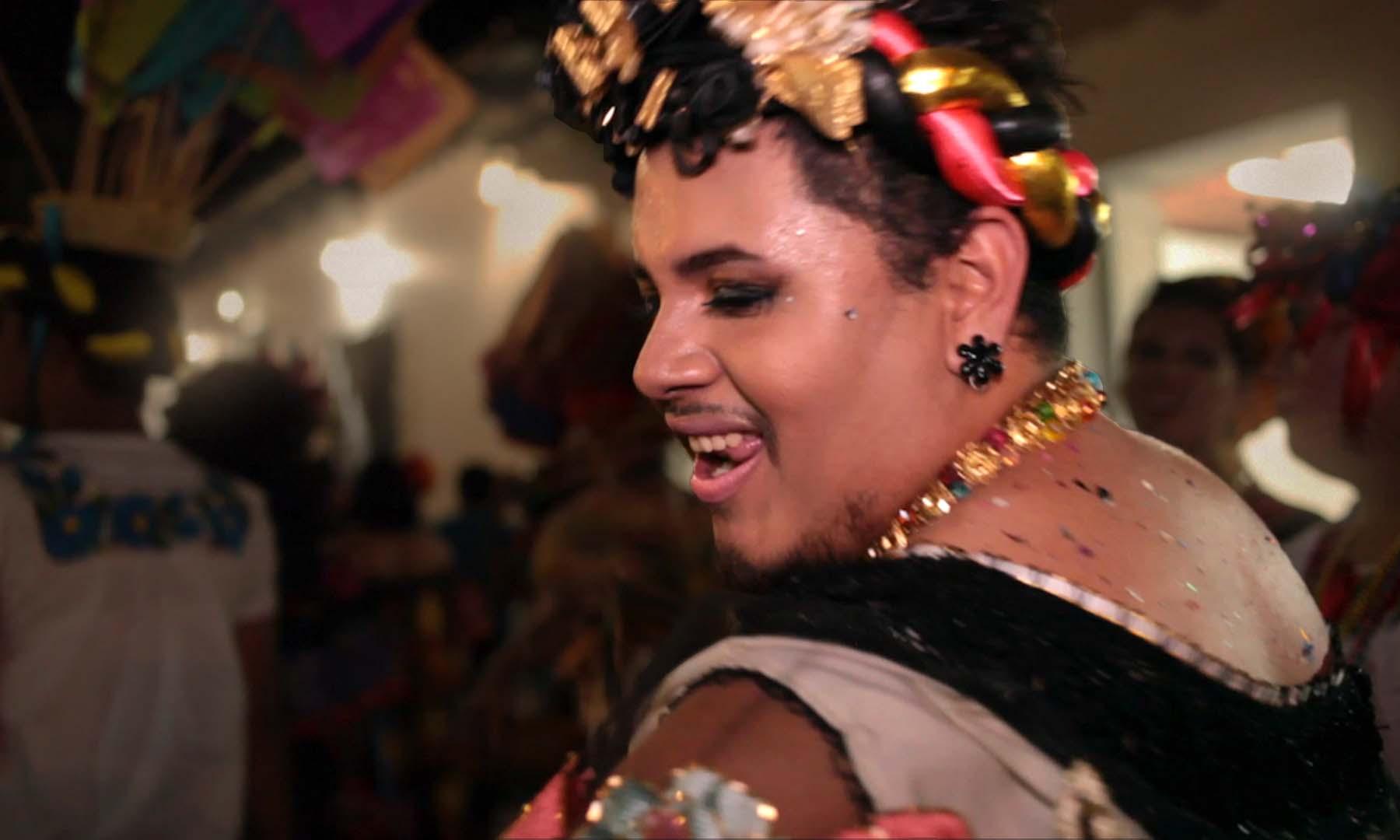 'Las Chuntá' Doc Shines a Light on the Gender-Bending Men Of Mexico's Fiesta Grande