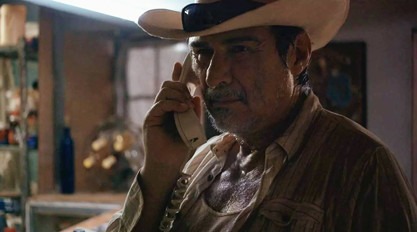 REVIEW: In This Endearing Drama, a Grumpy Mexican Abuelo Must Care for His English-Speaking Grandkids