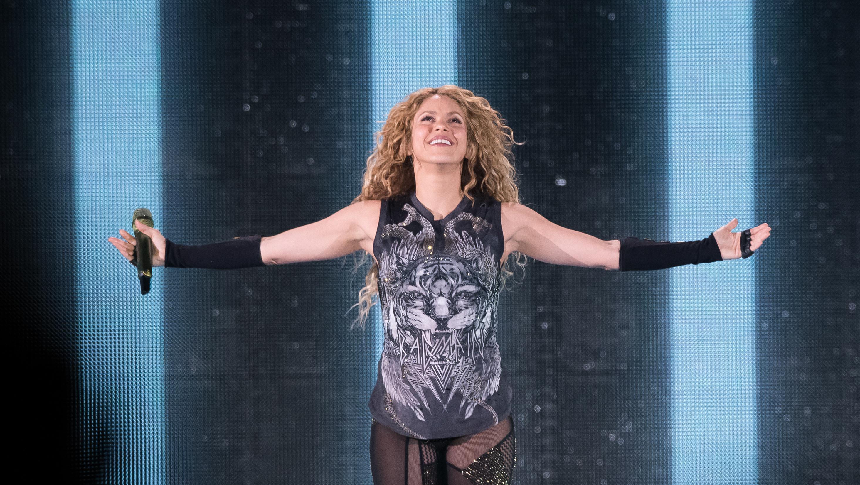 JLo & Shakira Will Headline the 2020 Super Bowl Halftime Show