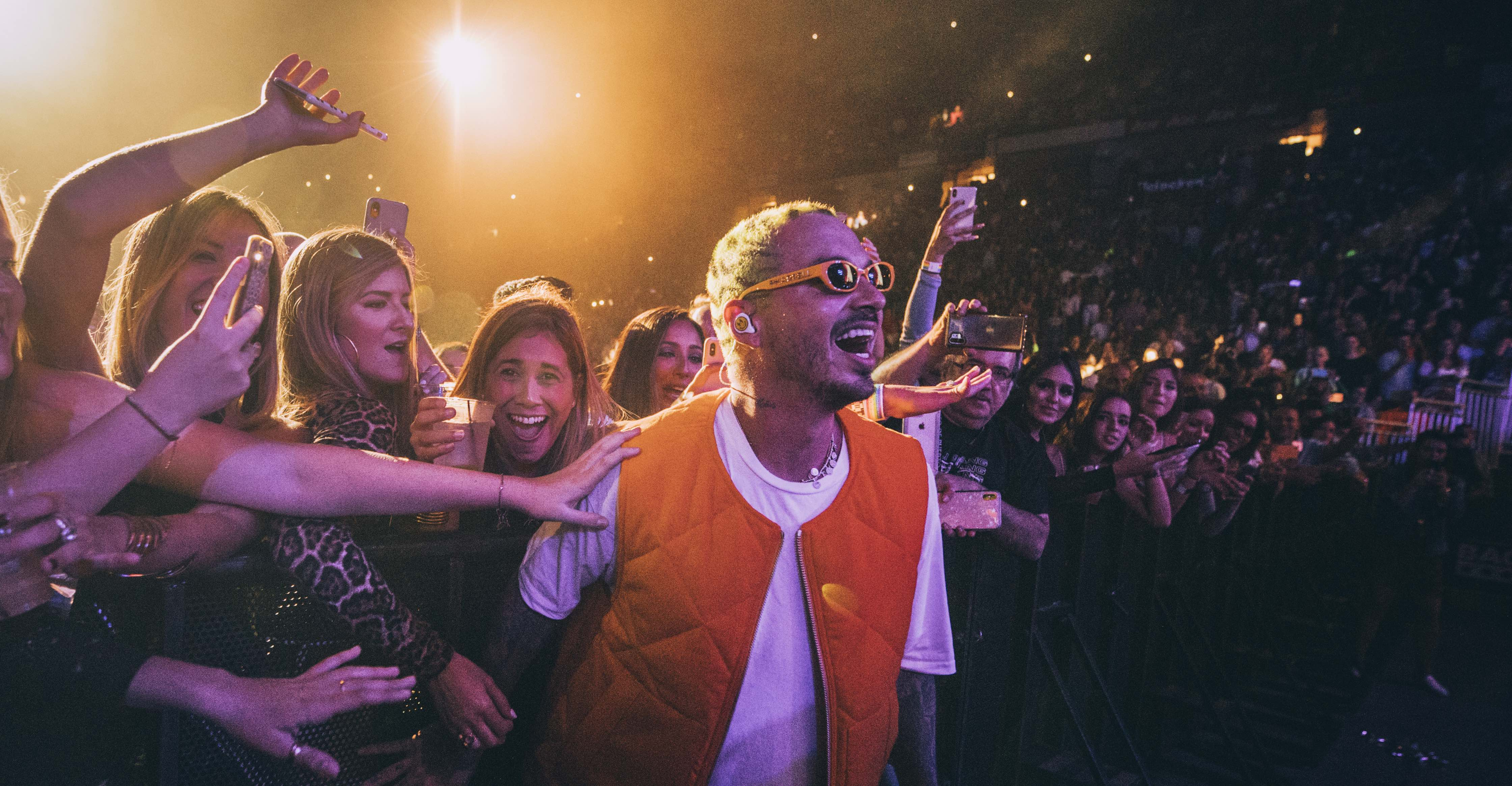 J Balvin Breaks Records in Puerto Rico With His Stunning 'Arcoiris' Tour