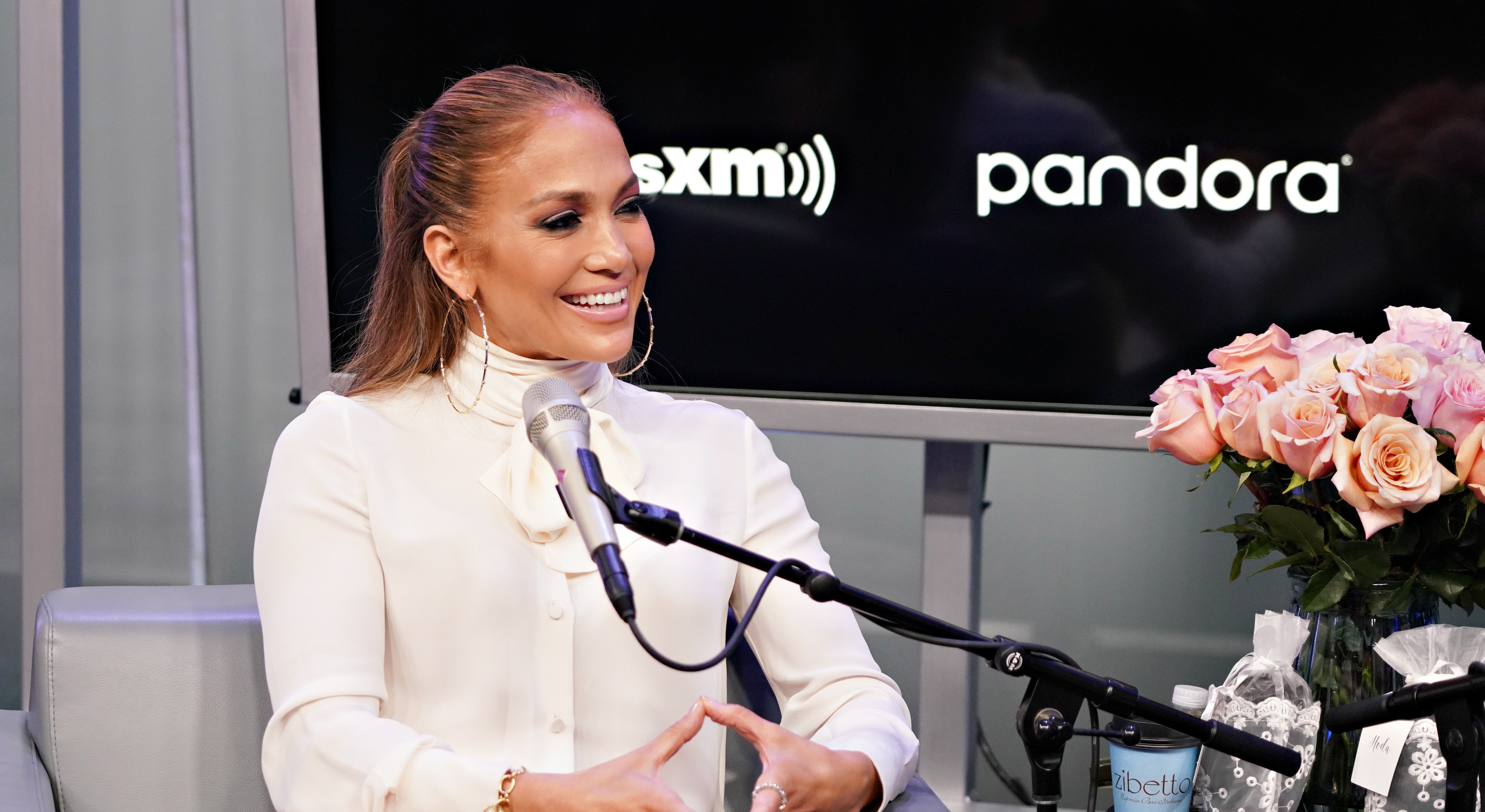 Jennifer Lopez Cried After Getting Oscar Buzz for 'Hustlers' Role