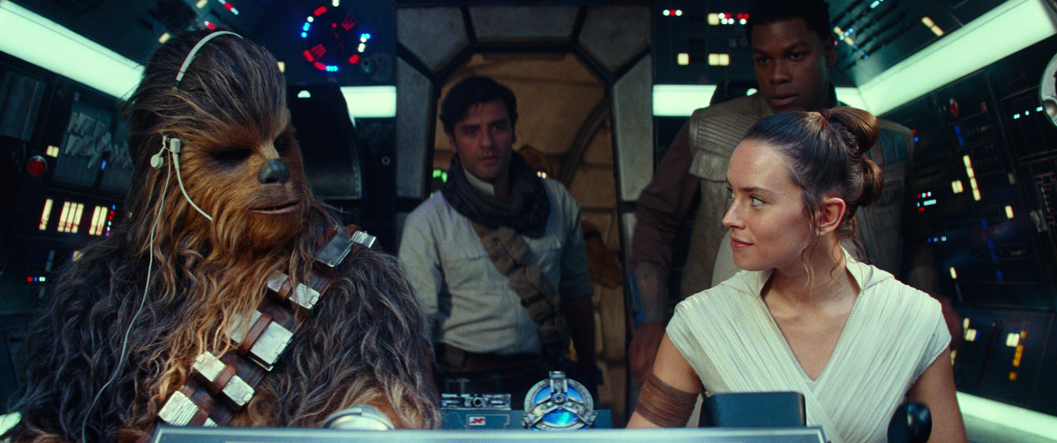 TRAILER: In 'Star Wars: The Rise of Skywalker,' Oscar IsaacIs the Motivational Speaker We Need Right Now