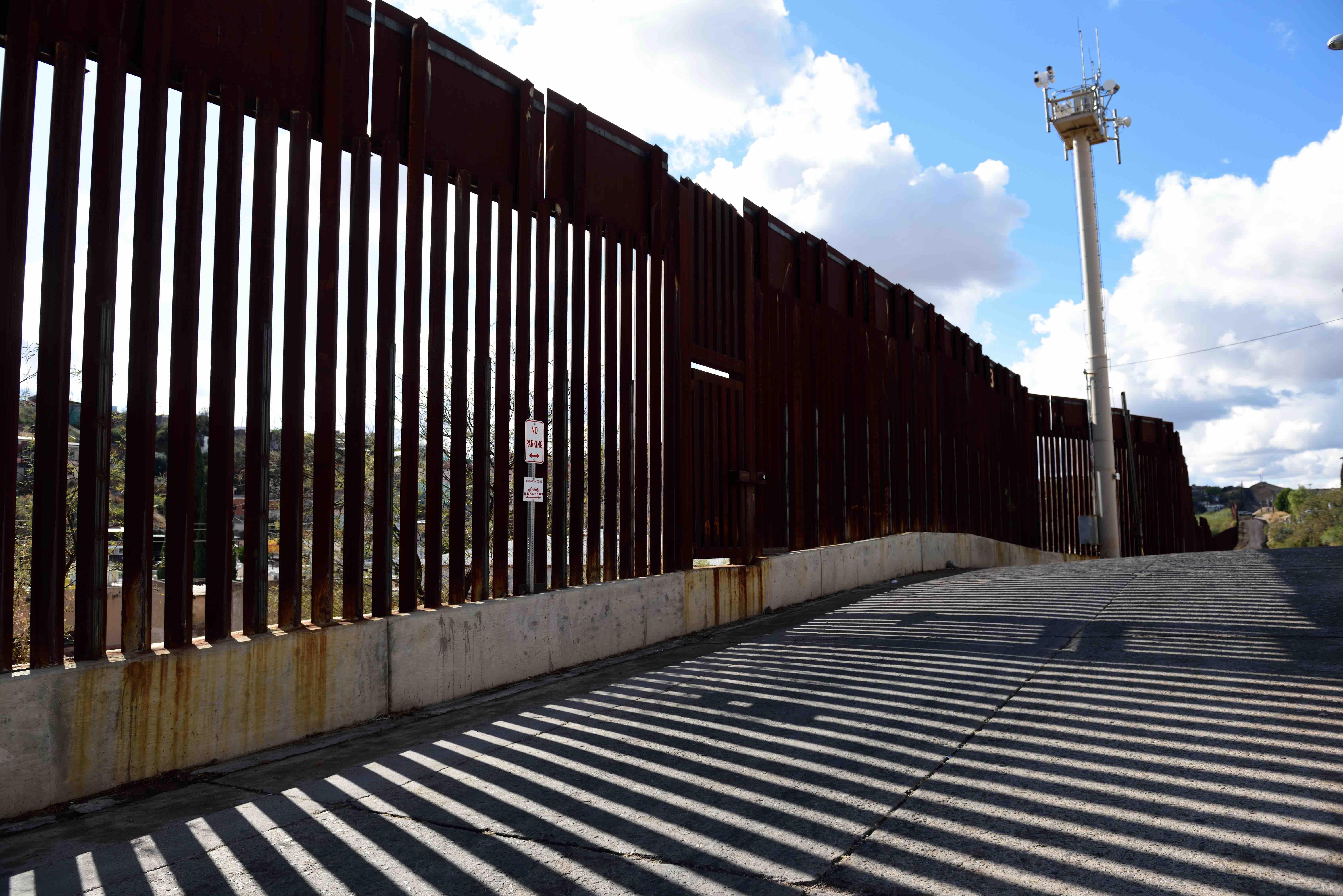 Asylum Seekers Take Over Bridge Along the Texas-Mexico Border