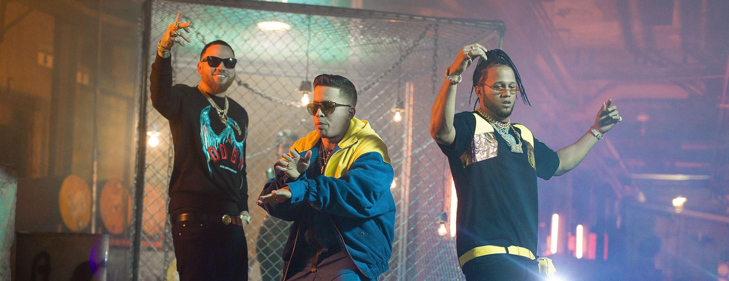 "De La Ghetto Teams Up WIth El Alfa & Miky Woodz For Trap Banger ""Feka"""