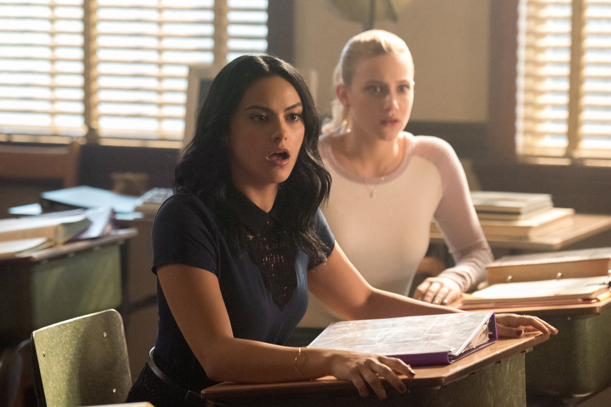 "At NYCC, 'Riverdale' Showrunner Confirms Mishel Prada Is Playing Veronica's ""Dangerous"" Older Sister"