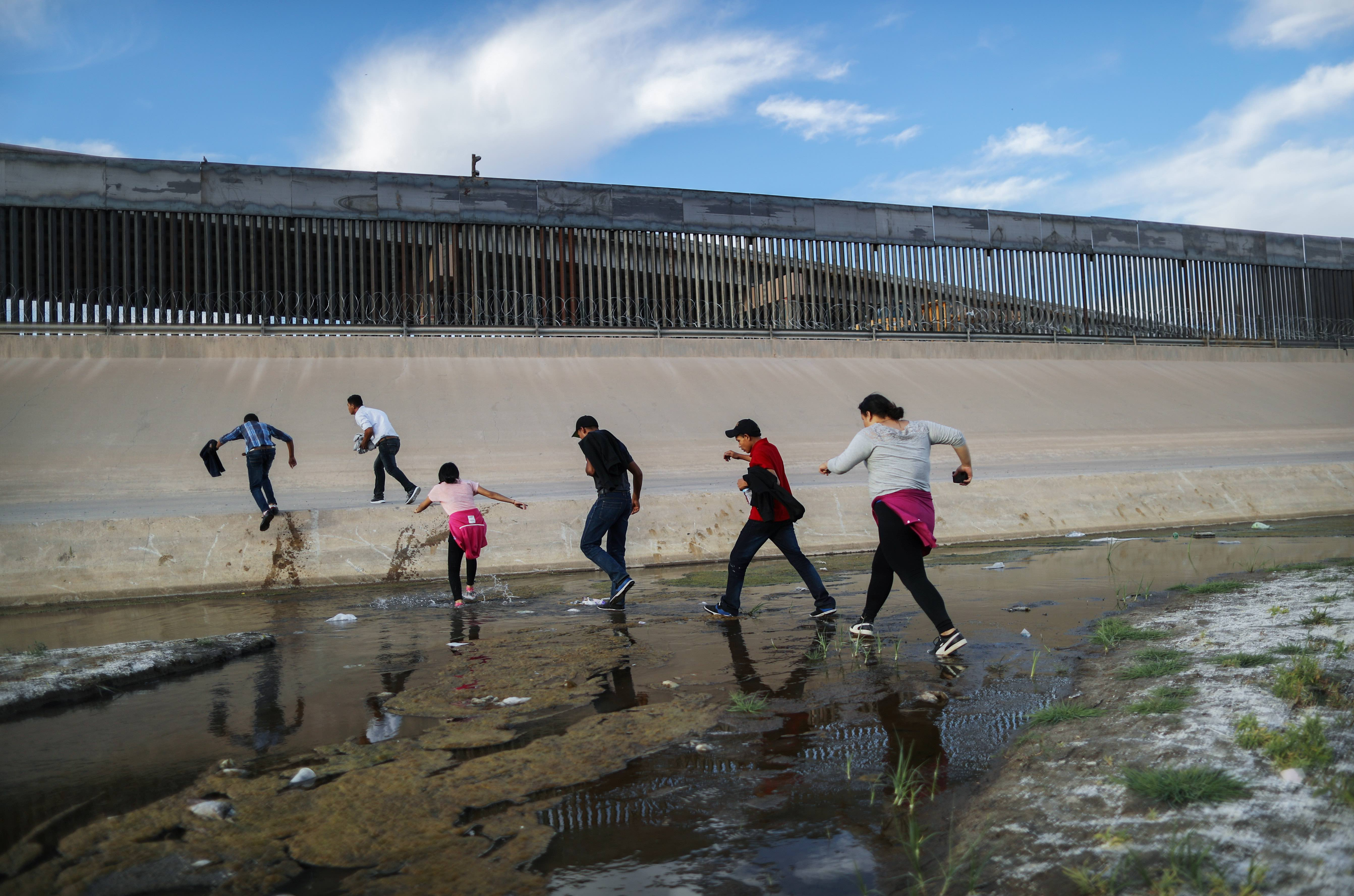 Trump Administration Plans to Collect DNA Samples From Asylum Seekers