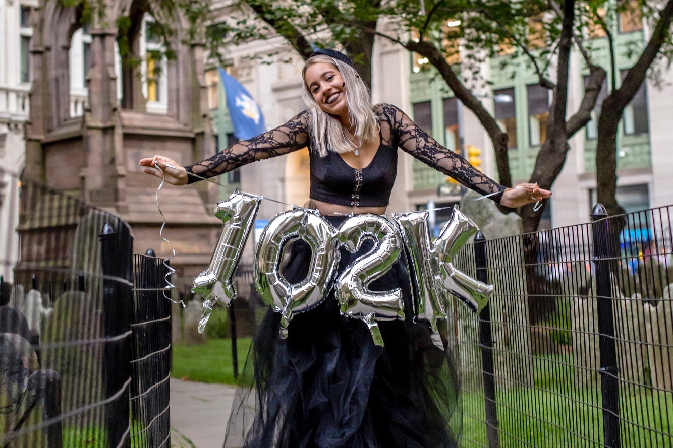28-Year-Old Mandy Velez Had a Funeral for Her Student Loans to Celebrate Paying Off $100K Debt