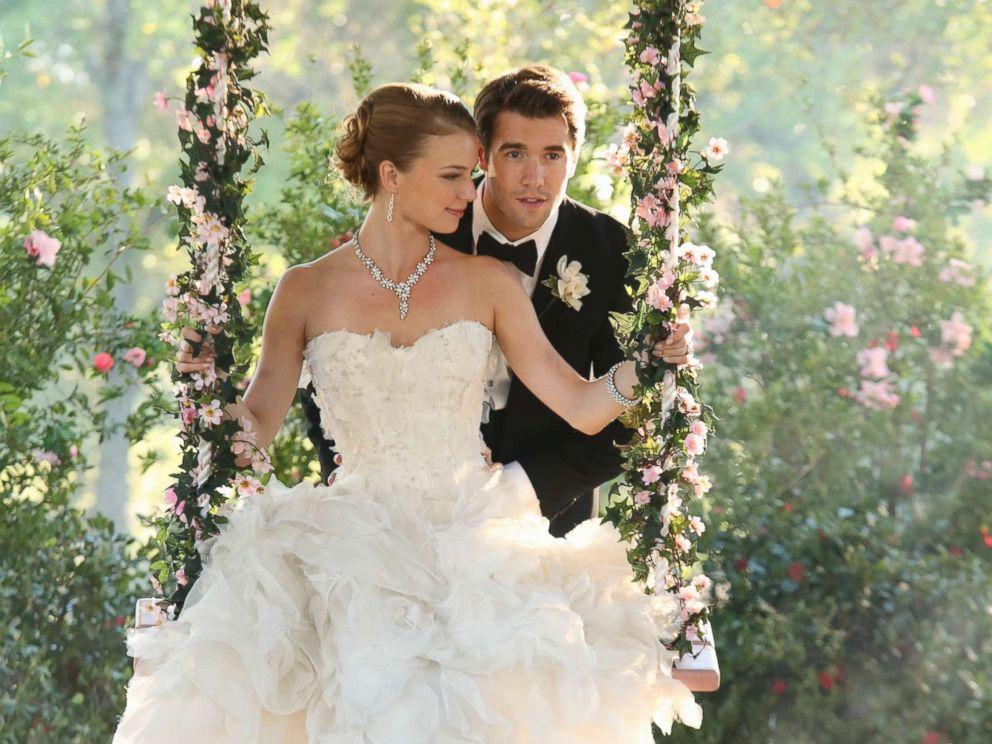 ABC Rebooting Fan Favorite Drama 'Revenge' With Latino Lead