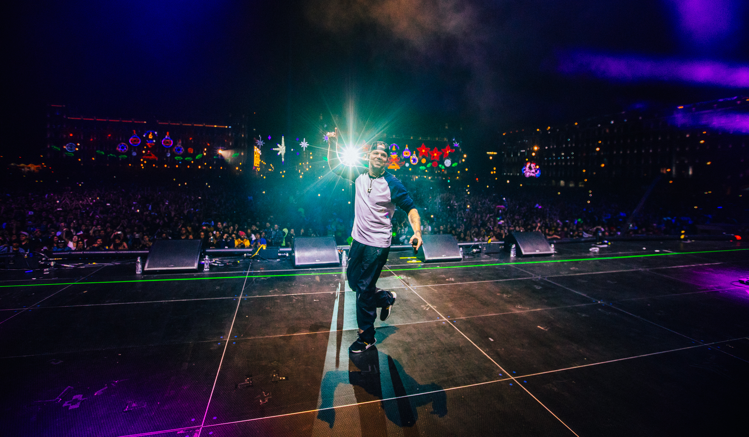 Residente's First-Ever Zocalo Concert Was Wildly Packed With 120K Screaming Fans