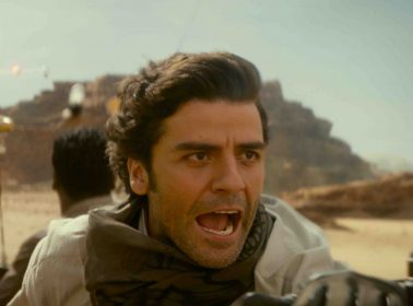 """Oscar Isaac on Finn-Poe Relationship: """"I Thought They Should Have Been Boyfriends"""""""