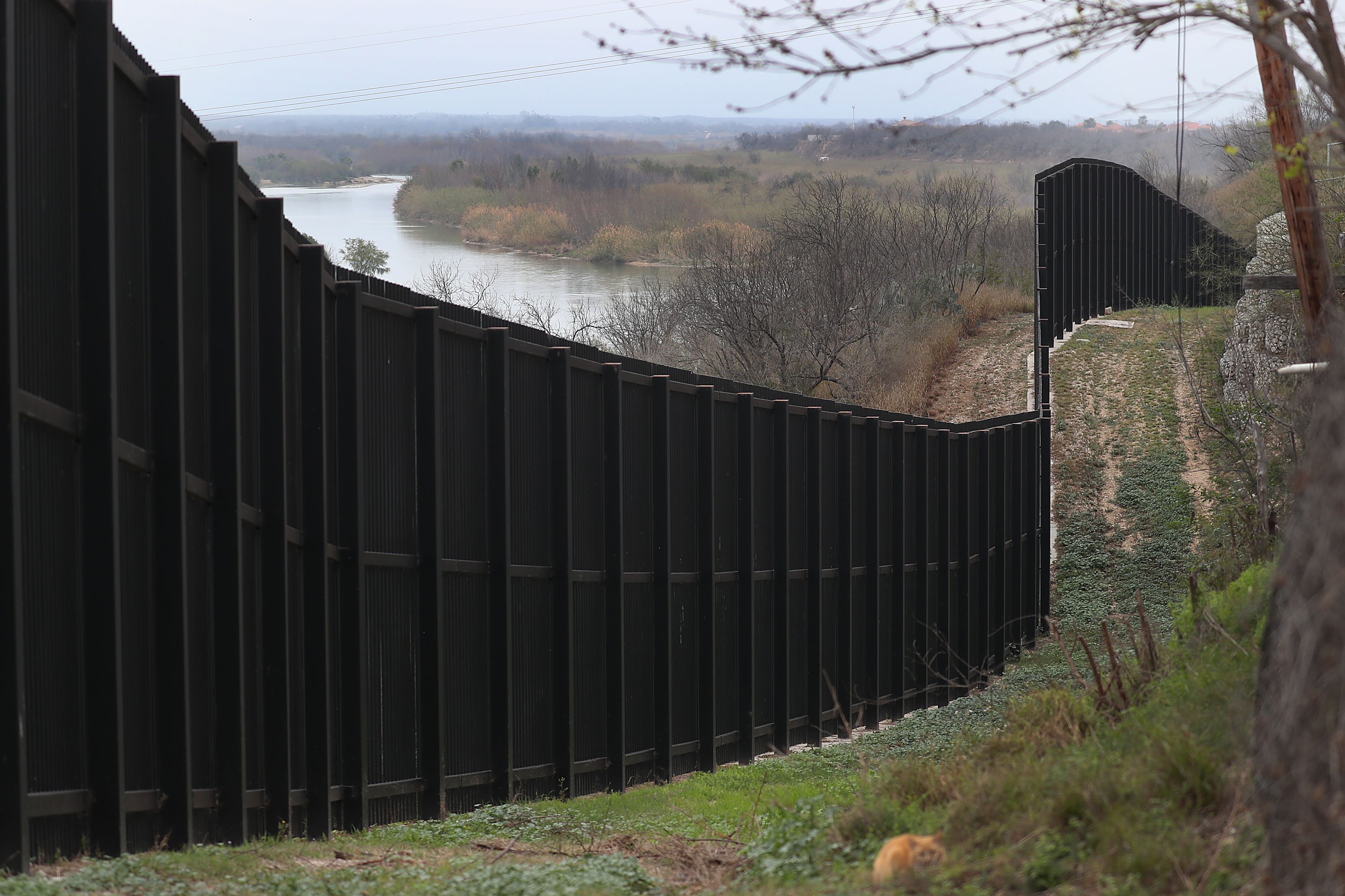 Conservative Group Ignores Judge's Order to Stop Working on Border Wall in Texas