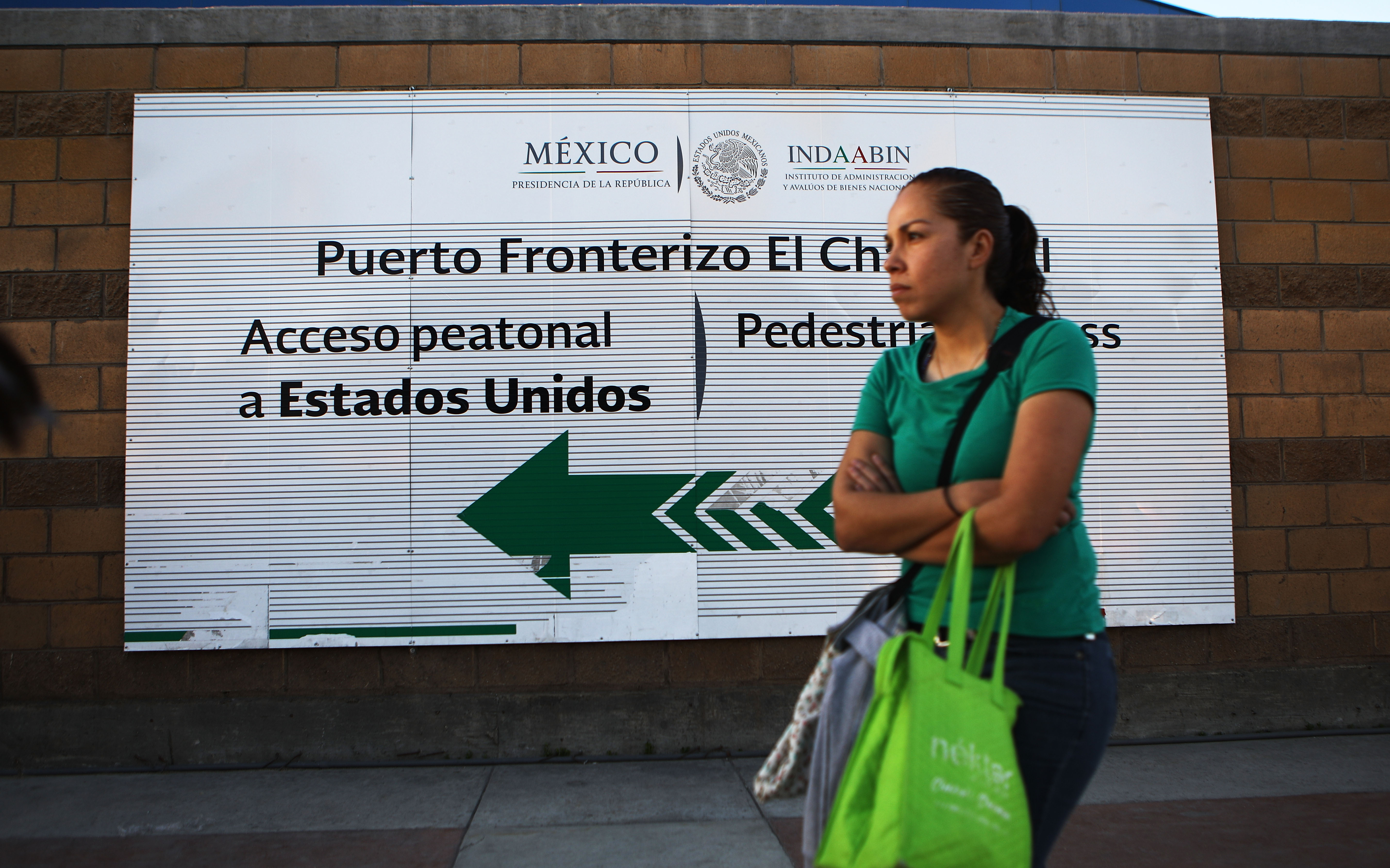 Salvadoran Asylum-Seeker Sues Federal Government After She Miscarried While Detained by ICE