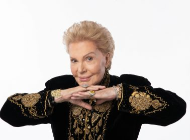 New Documentary on Walter Mercado Lands at Netflix for a Summer Release