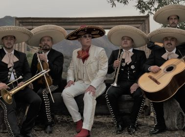 """Notas: Cosculluela on His 100% Fool-Proof Hangover Cure & Mariachi-Perreo Anthem """"Un AK"""""""