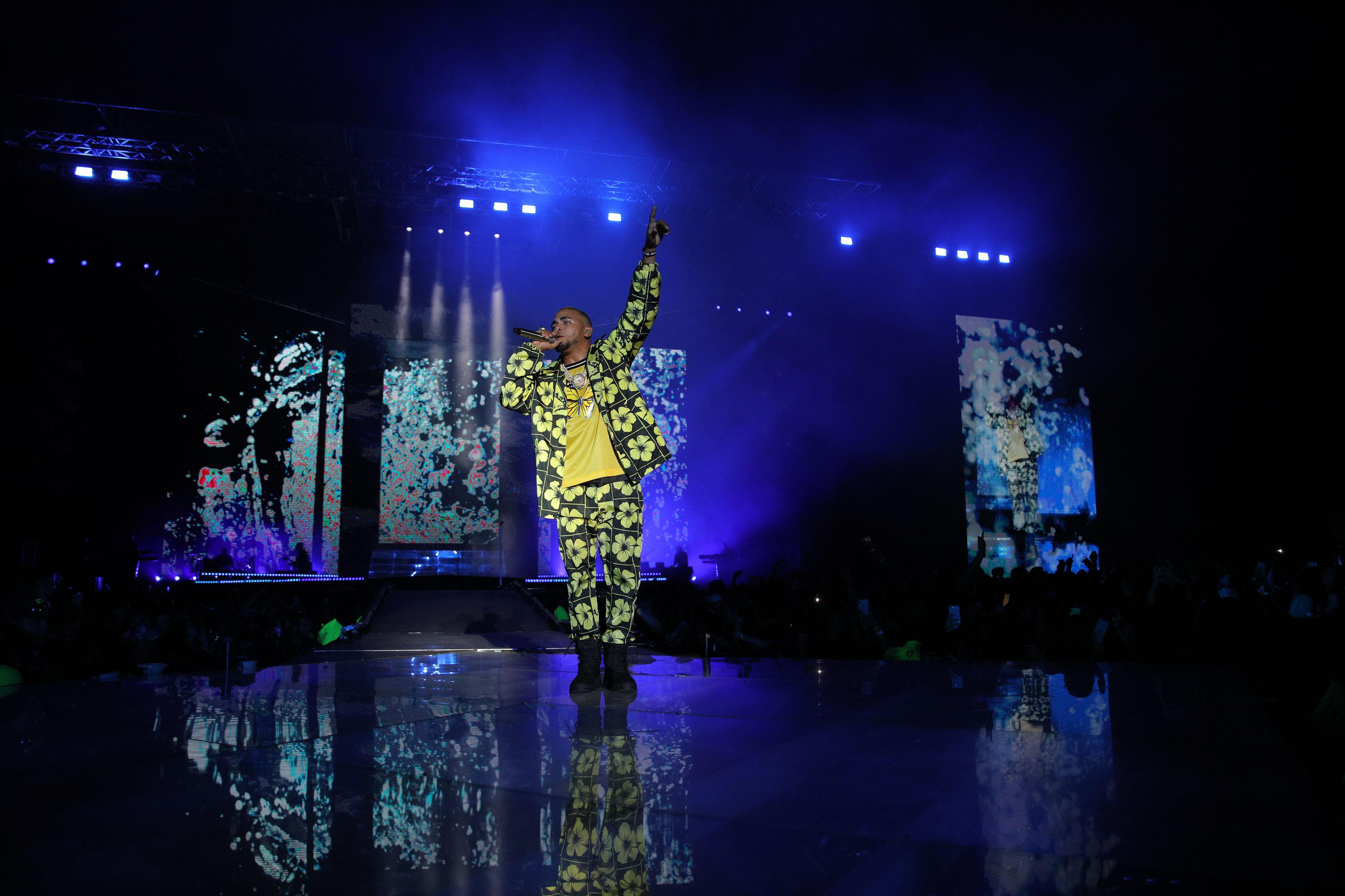 Ozuna Kicks off His 'Nibiru' World Tour With a Stellar Performance in the Dominican Republic