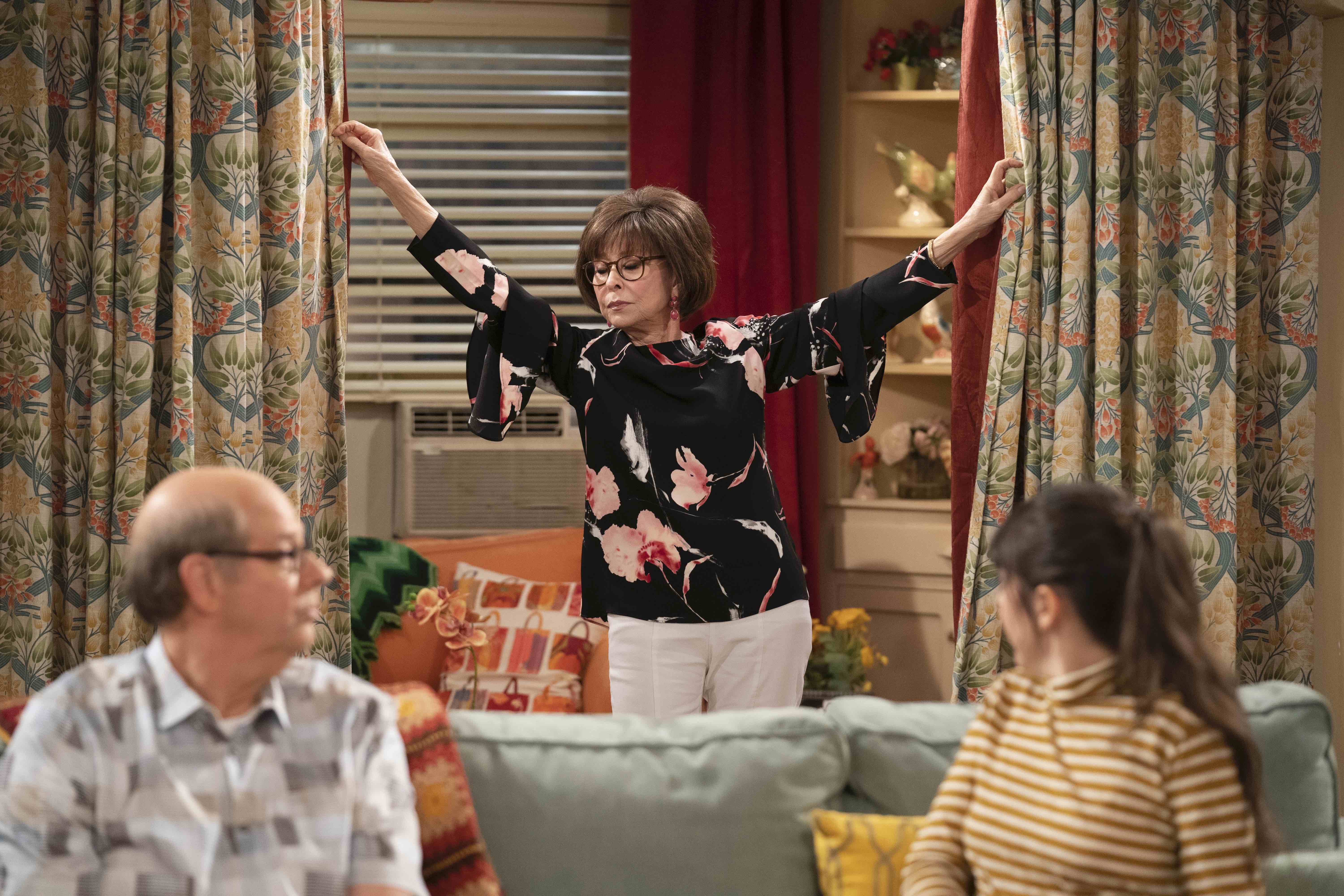 Rita Moreno Loves Playing a Woman Who Thinks She's God's Gift to Men in 'One Day at a Time'