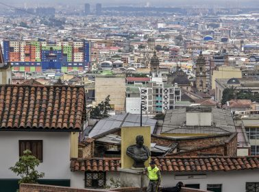 Colombian Police Officers Are Leading Balcony Workouts to Encourage Social Distancing