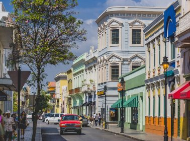 Puerto Rico Gets Hit by Quake, Plans to Reopen Some Sectors of the Economy