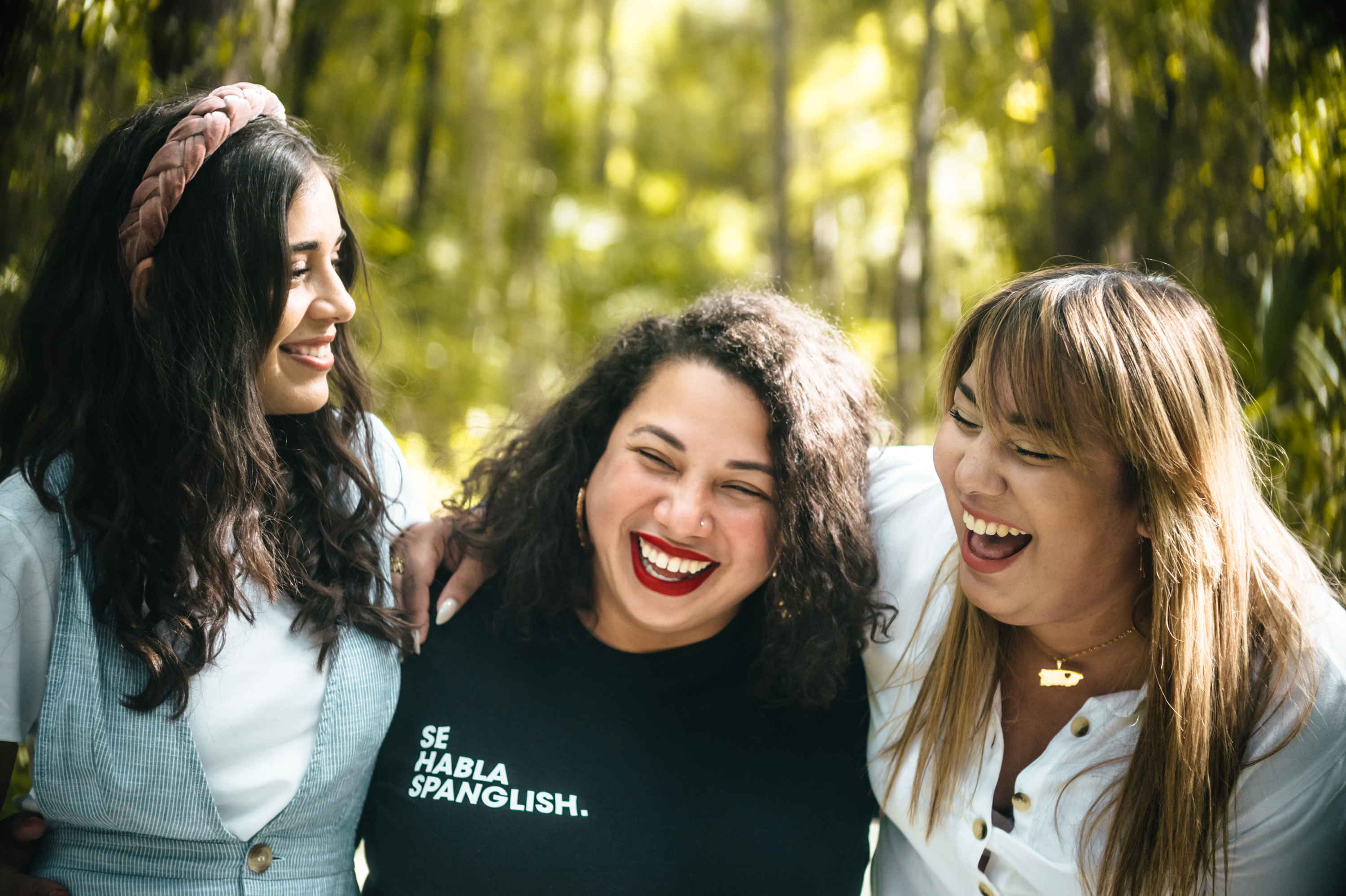 Say Hello to the Only Spanish-Language Feminist Radio Show in the US
