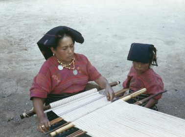 9 Guatemalan Artisan Initiatives to Follow & Support Right Now